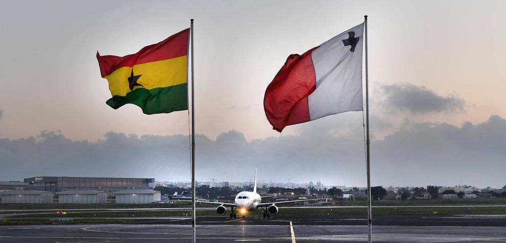 malta ghana flags