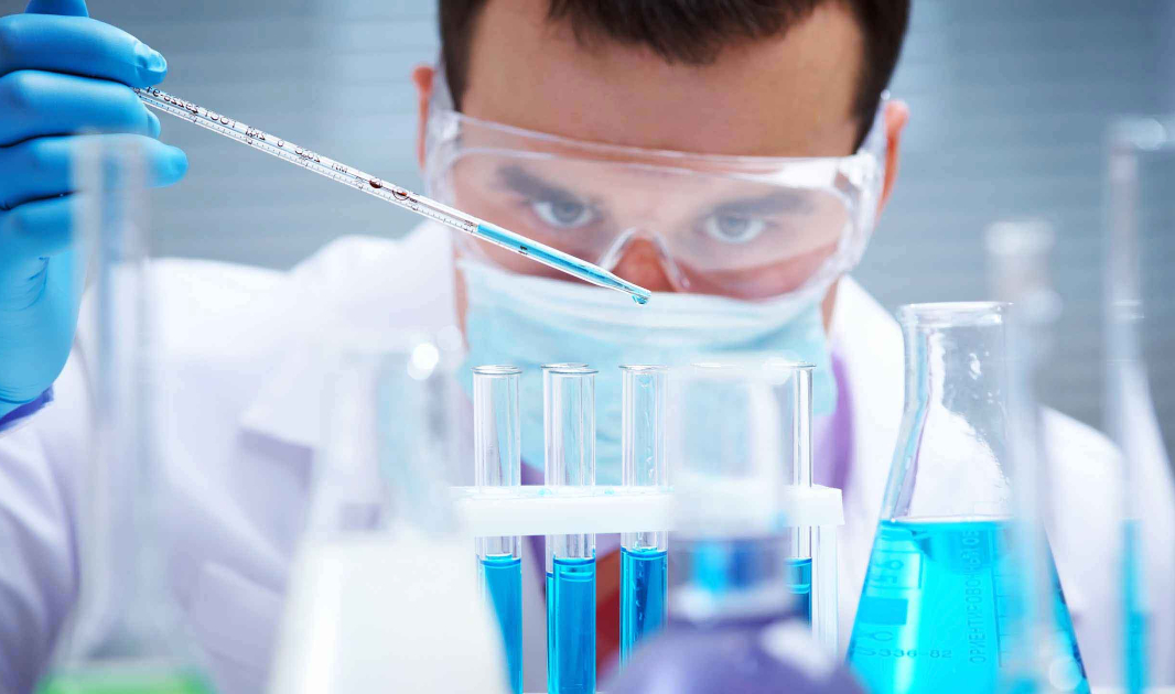 Evolve's guide to storing lab chemicals safely