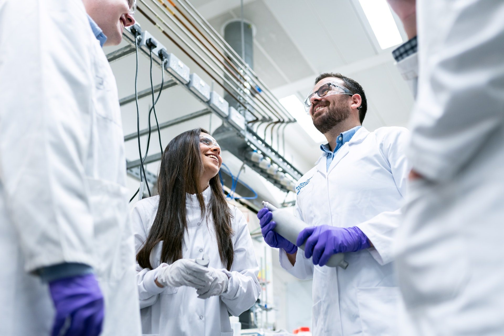 8 tips for students pursuing a science career