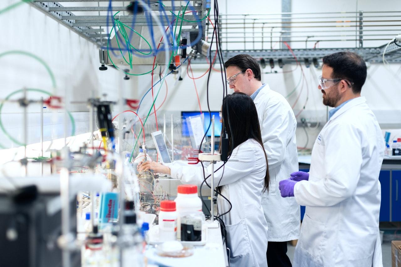 evolve science lab malta luqa