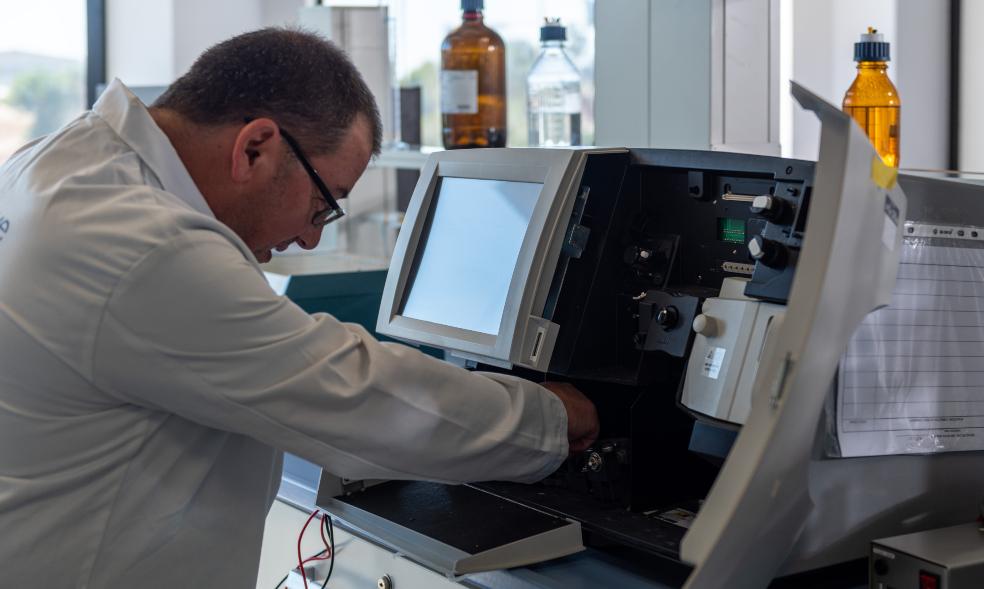 Discover Evolve's range of lab services
