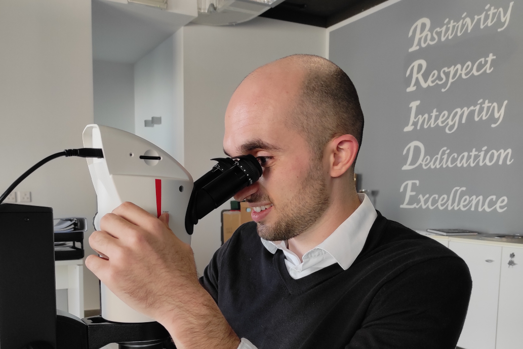 Why every lab needs a great microscope